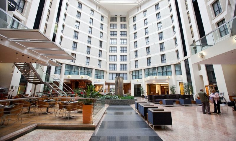Hotels Gatwick Airport  Hours